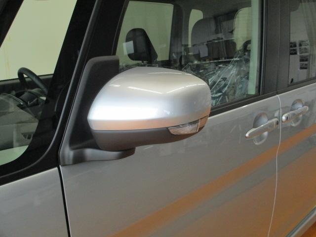 安全性の高い『ウィンカー付きミラー』 ☆目線の位置にウィンカーがつくので周りの車からも見やすい☆高級クレードに多く付いている安全装備です♪