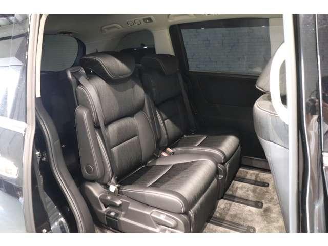 「ホンダ」「オデッセイ」「ミニバン・ワンボックス」「奈良県」の中古車12