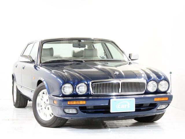 「ジャガー」「XJ」「セダン」「大阪府」の中古車3