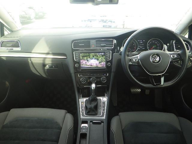 フォルクスワーゲン VW ゴルフ TSIハイラインBMT