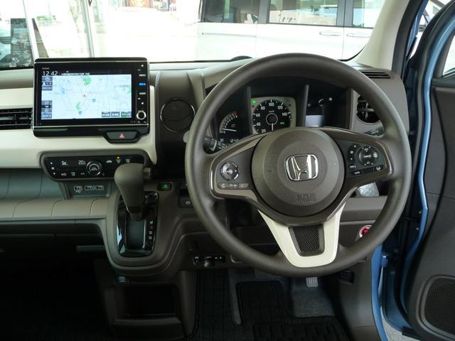 Lホンダセンシング 当社デモカー(試乗車)大画面8インチ純正インターナビ+リアカメラ+ETC 衝突軽減ブレーキ サイド&カーテンエアバッグ リアセンサー(44枚目)