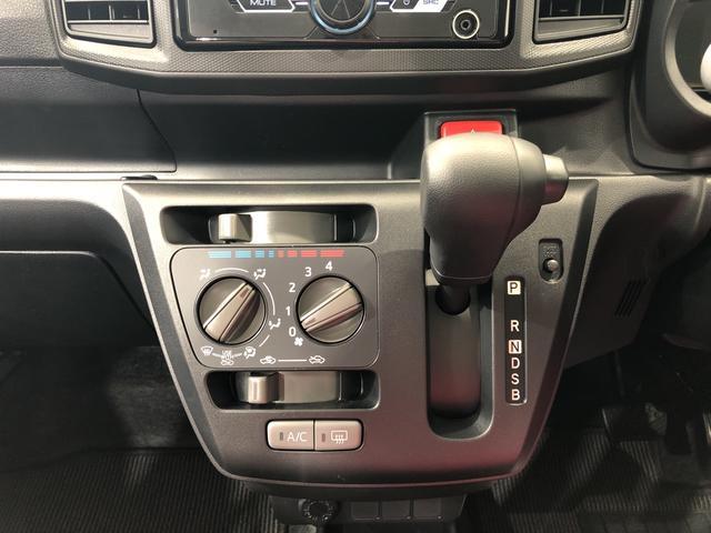 L SAIII 4WD CDチューナー キーレス 衝突被害軽減システム(10枚目)