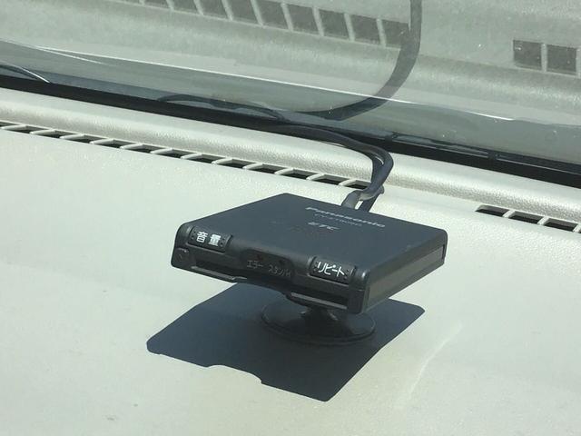 高速道路の乗り降りが便利なETC付き車両になります。(ETCサ-ビスのご利用にはETCカ-ドセットアップ等の各種手続き、別途必要です。詳しくはスタッフまで!)