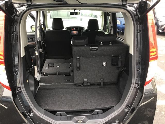 4名乗車+大きな荷物や長い荷物まで積み込めます