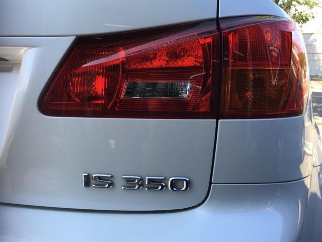 レクサス IS IS350バージョンS・マークレビンソン・LEXON 白