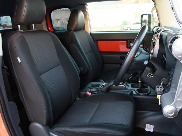 トヨタ FJクルーザー カラーパッケージ ナビ フルセグ Bカメラ クルコン ETC