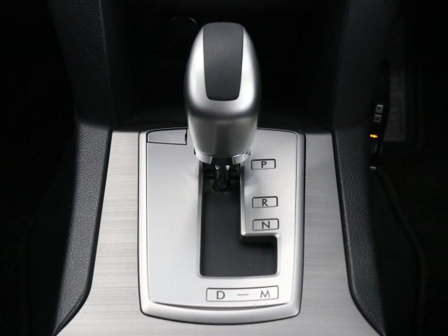 2.5 i Lパッケージ 4WD 禁煙車 HDDナビ(11枚目)
