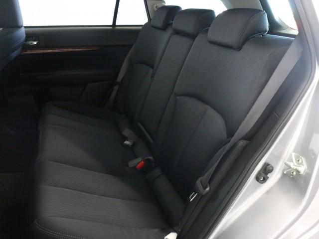 2.5 i Lパッケージ 4WD 禁煙車 HDDナビ(14枚目)