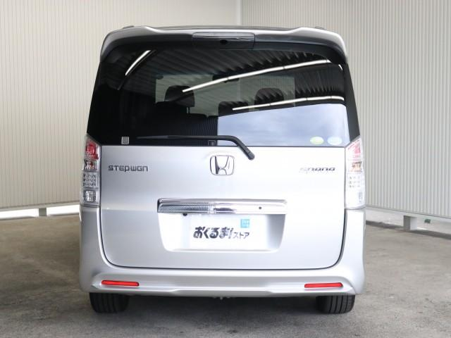 2.0 スパーダ Zi 禁煙車 HDDインターナビ フルセグ(3枚目)
