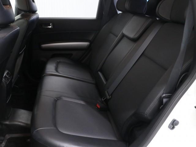 2.0 20X 4WD 禁煙車 純正SDナビ フルセグTV(14枚目)