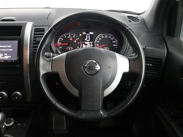 2.0 20X 4WD 禁煙車 純正SDナビ フルセグTV(16枚目)