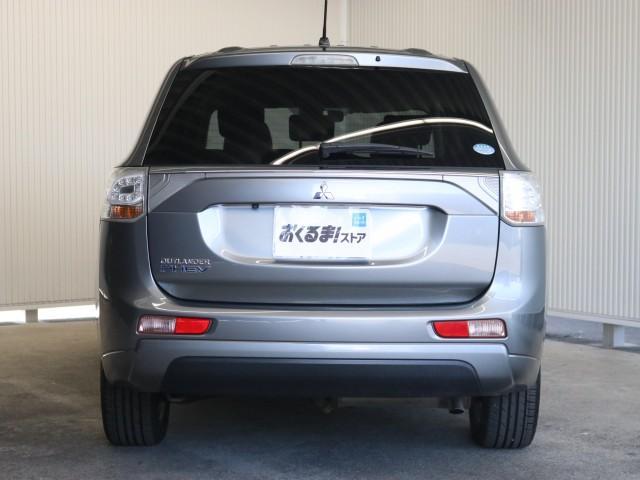「三菱」「アウトランダーPHEV」「SUV・クロカン」「兵庫県」の中古車3