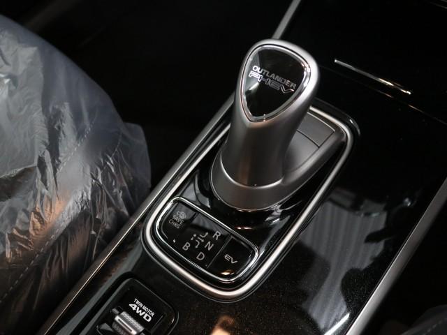 Gプラスパッケージ 4WD 登録済未使用車(11枚目)