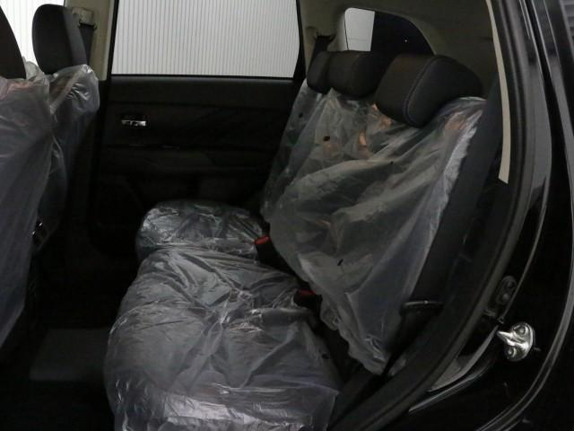 Gプラスパッケージ 4WD 登録済未使用車(14枚目)