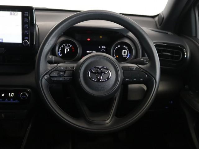 「トヨタ」「ヤリス」「コンパクトカー」「兵庫県」の中古車16