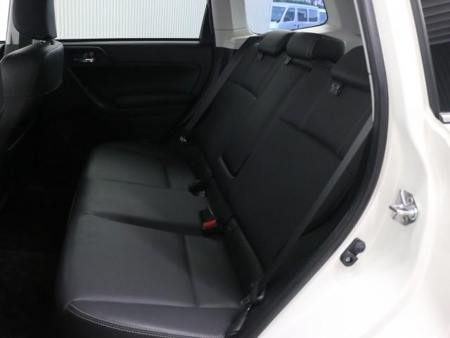2.0XT アイサイト 4WD ターボ ナビ フルセグ(14枚目)