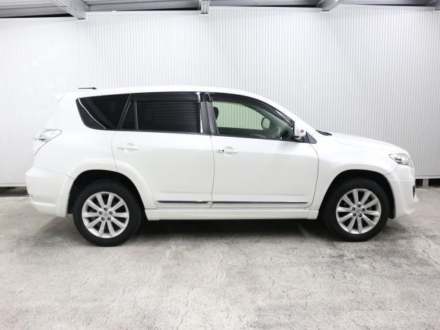 「トヨタ」「ヴァンガード」「SUV・クロカン」「兵庫県」の中古車4
