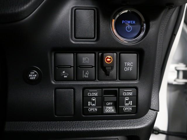 ハイブリッドGi OP装備車 エアロパーツ フリップダウン(6枚目)
