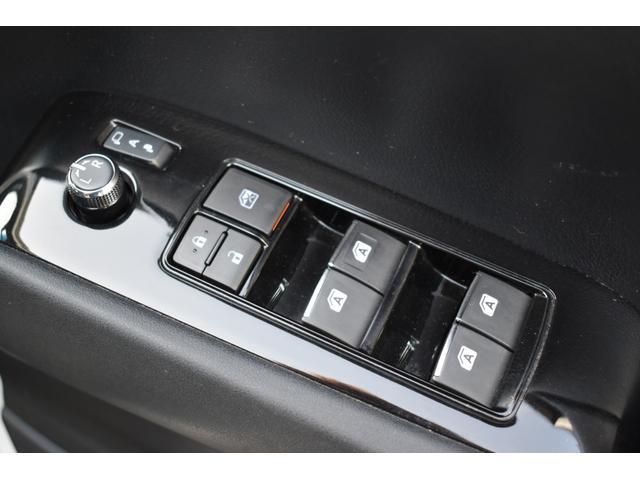 メモリーナビ/フリップダウンモニター/バックカメラ/両側電動ドア/ETC/(34枚目)