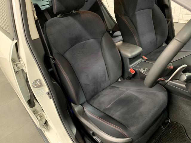 擦れや破れ、汚れ等、御座いません♪本当にお奇麗な運転席シート(^^)/是非ご来店頂き、実際に見て体感してください♪