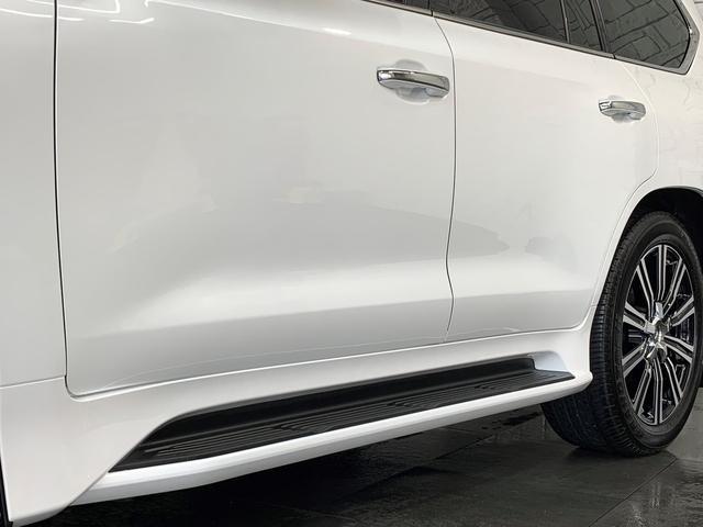 LX570 H29年9月登録後期モデル 新品取付モデリスタエアロKIT 新品取付モデリスタスポーツマフラー マークレビンソンサウンド OP21AW 本革ベンチレーター サンルーフ 電動バックゲート ETC2.0(39枚目)