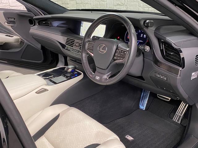LS500 Fスポーツ レクサス新車保証継承可能 レクサスセーフティプラス 純正エンジンスターター 純正ドラレコ 本革シート 360度カメラ パワートランク AC100Vコンセント 3眼フルLEDヘッドライト ETC2.0(60枚目)