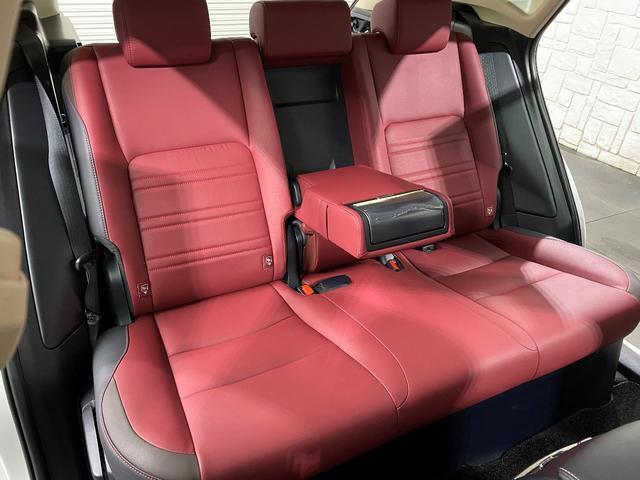 NX300 Iパッケージ 後期モデル レクサスセーフティシステム 赤本革パワーシート 360度パノラミックビューカメラ 3眼フルLEDヘッドライト シーケンシャルウインカー ドラレコ  ビルトインETC2.0 電動バックドア(76枚目)