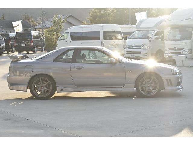25GTターボ 純正5速マニュアル TEIN車高調 ブリッツブーストコントローラー 3連メーター ブローオフバルブ 柿本マフラー 可変マフラー GT-R用18インチAW(8枚目)