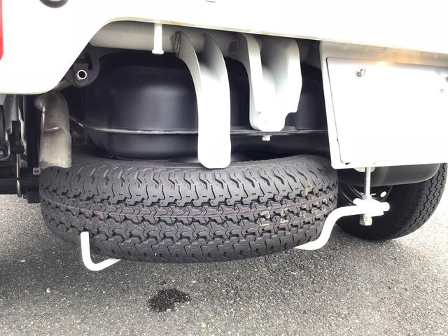 M オートマ 1年保証 4WD AT車 ナビ ETC LEDヘッドライト(8枚目)