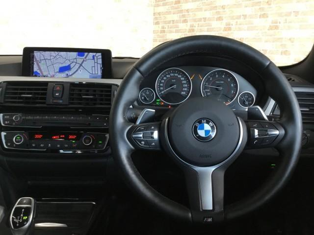 428iクーペ Mスポーツ 追突軽減車・アダクティブクルーズコントロール・車線逸脱警告車・コンフォートアクセス・ナビ・フルセグTV・Bluetooth・DVD・CD・USB・ETC・バックカメラ・コーナーセンサー・パドルシフト(9枚目)