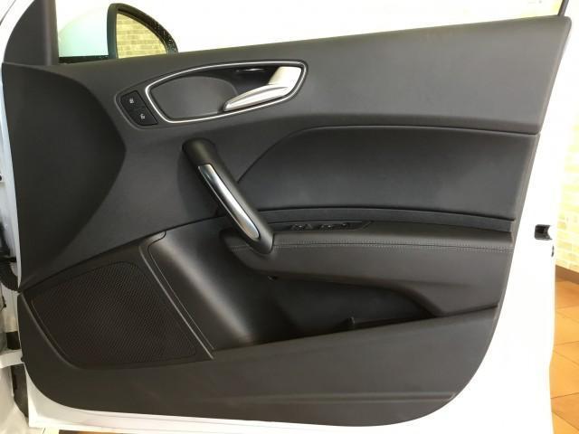 「アウディ」「A1スポーツバック」「コンパクトカー」「奈良県」の中古車16