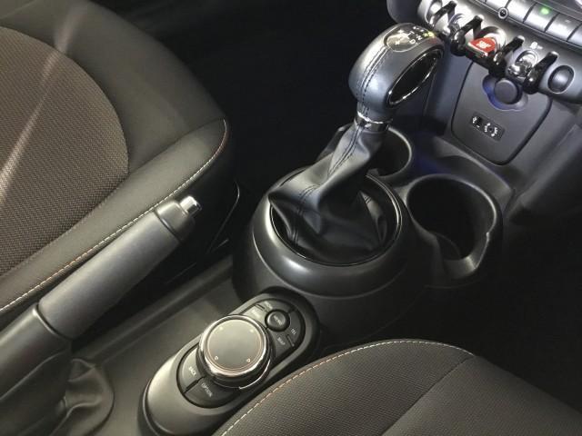 クーパーD コンフォートアクセス・ナビ・Bluetooth・USB・ETC・プッシュスタート・アディショナルヘッドランプ・アイドリングストップ・LEDライト・LEDフォグランプ(12枚目)