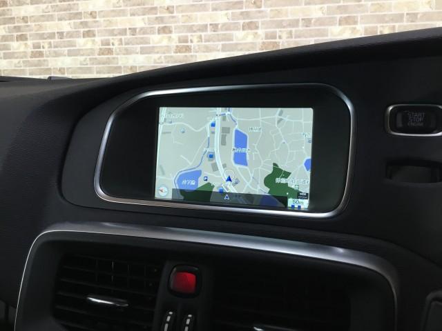 D4 SE インテリジェントセフティ・ナビ・フルセグTV・バックカメラ・コーナーセンサー・Bluetooth・DVD・USB・追突回避軽減・アクティブクルーズコントロール・アクティブハイビー・ブラインドスポット(10枚目)