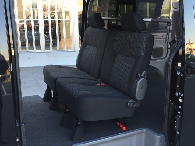 ロングプレミアムGX 登録済み未使用車 アラウンドビューモニター(移動物検知機能つき) エマージェンシーブレーキ LEDヘッドランプ 寒冷地仕様 4WD ディーゼルターボ(8枚目)