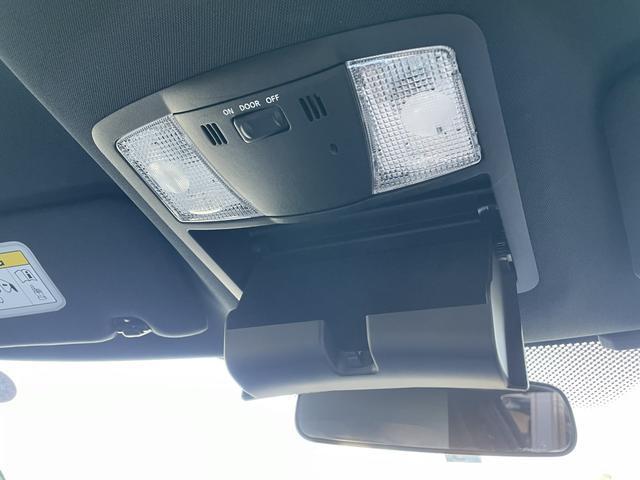 ブラックエディション NISMOスポリセ ナビ フルセグTV Bモニター BOSEサウンド 純正AW ビルシュタイン足廻り LEDヘッド RECROシート パワーシート シートヒーター パドルシフト ETC インテリキー(7枚目)