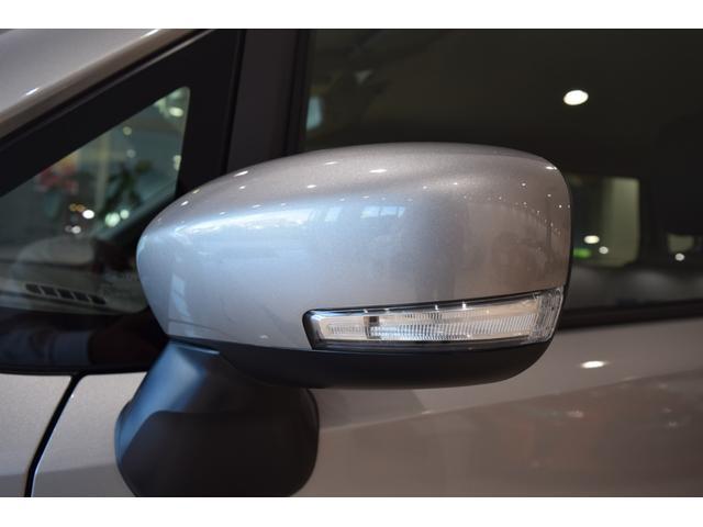 ハイブリッドX オプションカラー スチールシルバーメタリック 衝突被害軽減ブレーキ ハイビームアシスト 誤発進抑制 後退時ブレーキサポート(17枚目)