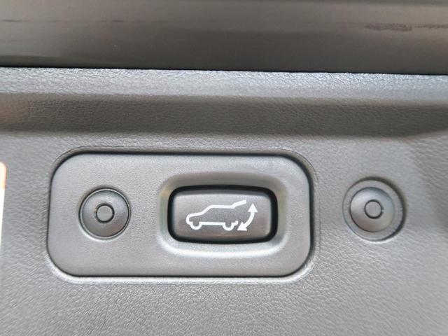 G パワーパッケージ 登録済み未使用車 純正10型ナビ(8枚目)
