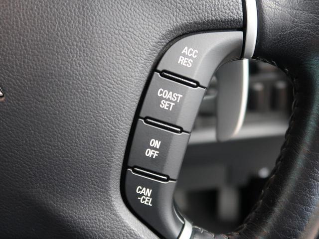 シャモニー 純正ナビ バックカメラ 両側電動ドア クルーズコントロール 軽油 HID ETC フルセグTV 8人乗 運転席パワーシート Bluetooth接続可(6枚目)