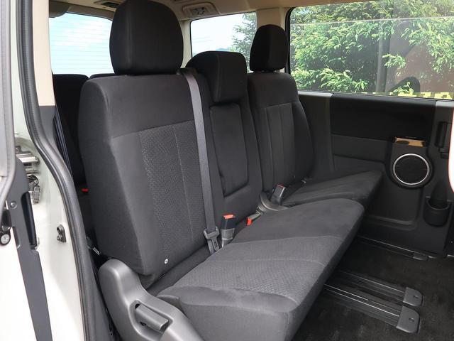 シャモニー 純正ナビ バックカメラ 両側電動ドア クルーズコントロール 軽油 HID ETC フルセグTV 8人乗 運転席パワーシート Bluetooth接続可(12枚目)