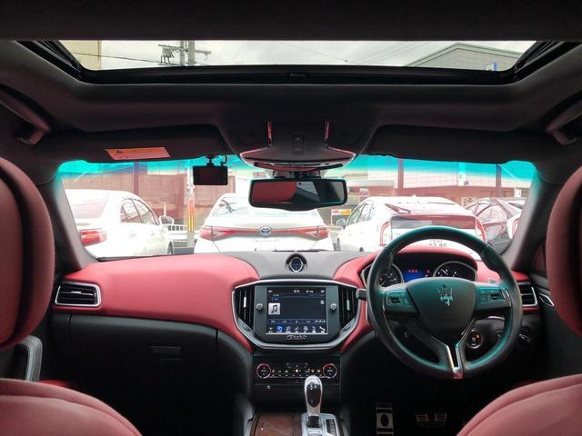 「マセラティ」「マセラティ ギブリ」「セダン」「大阪府」の中古車17