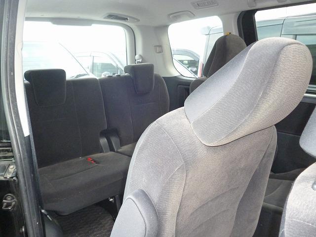 トヨタ ヴォクシー X Lエディション 両側パワースライドドア
