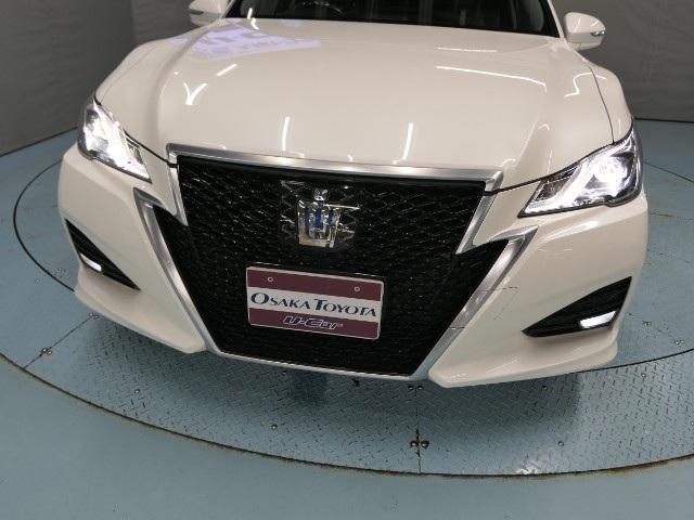 「トヨタ」「クラウンハイブリッド」「セダン」「大阪府」の中古車16