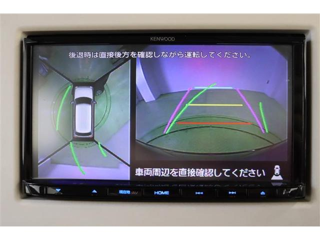全方位カメラは、言うなれば「見えないところまで見える目」。慣れないスペースでもモニターで周囲の状況を確認しながら駐車出来ます。運転をより安全にサポートしてくれる便利アイテムです。