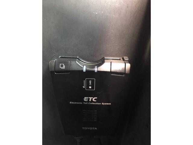 2.4Z 両側パワースライドドア HDDナビ バックカメラ フルセグ ETC HID 後席フリップダウンモニター(17枚目)