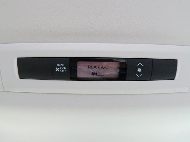 G SDナビ フリップダウンモニター 両側電動ドア 禁煙車 Wエアコン ダイヤトーンサウンド LEDヘッド オートライト 19インチアルミ フルセグ BlueTooth接続 バックカメラ スマートキー(9枚目)