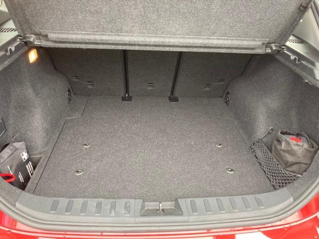 xDrive 20i 社外18インチアルミ社外マフラー ポータブルナビ バックカメラ ワンセグTV スマートキーETC内蔵ルームミラー HIDヘッドライト(14枚目)