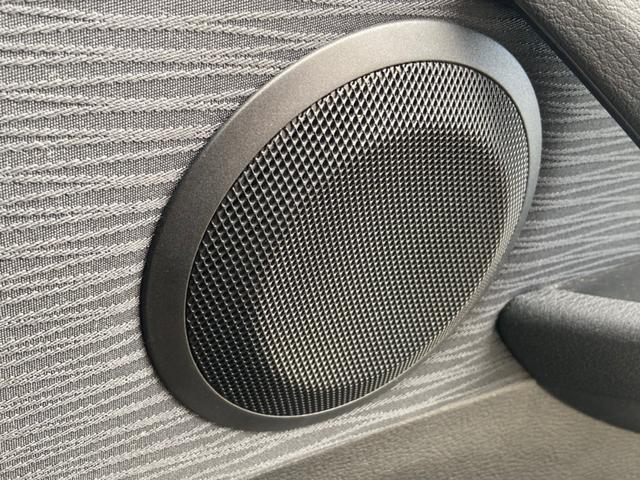 xDrive 20i 社外18インチアルミ社外マフラー ポータブルナビ バックカメラ ワンセグTV スマートキーETC内蔵ルームミラー HIDヘッドライト(28枚目)