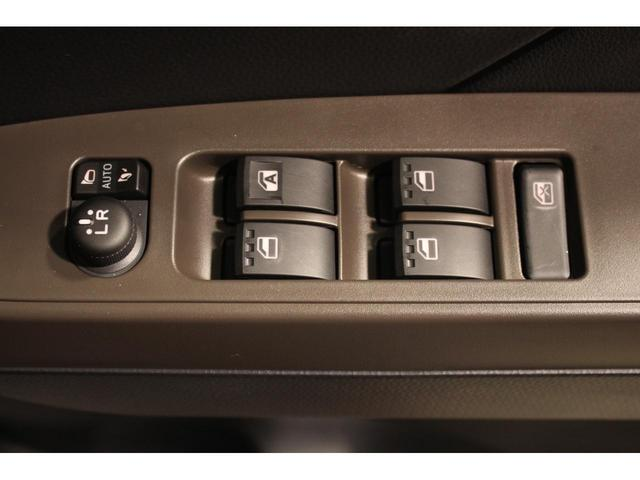 X 登録済未使用車・衝突軽減ブレーキ・コーナーセンサー・純正バックカメラ・片側パワースライドドア・オートライト・アイドリングストップ・スマートキー・プッシュスタート・電動格納ミラー・後席サンシェード(30枚目)