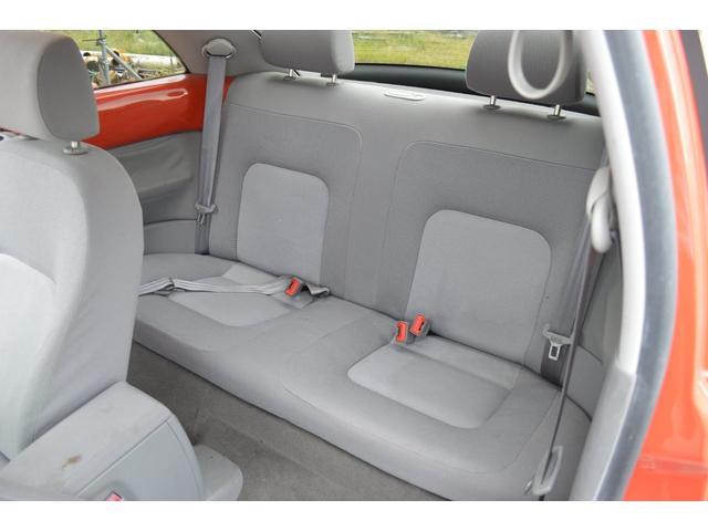 「フォルクスワーゲン」「VW ニュービートル」「クーペ」「奈良県」の中古車30