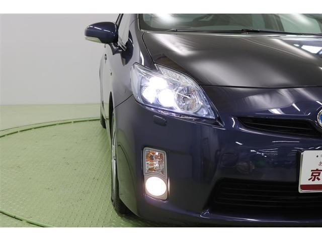 ☆暗い夜道も明るく照らします☆LEDヘッドライト装着車!夜間のドライブも安心ですね♪消費電力が少なく明るいんです☆